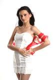 Adolescente encrespado con las cintas blancas y rojas Fotografía de archivo