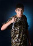 Adolescente enojado con el cuchillo Fotografía de archivo