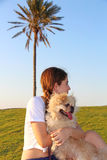 Adolescente et chien Images stock