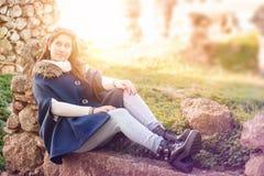 Adolescente feliz al aire libre Imágenes de archivo libres de regalías