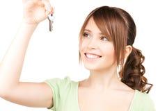 Adolescente feliz con claves Imagenes de archivo