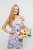 Adolescente feliz con el bolso Fotos de archivo
