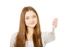 Adolescente feliz con el cojín de la menstruación Fotos de archivo libres de regalías