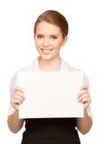 Adolescente feliz con el tablero en blanco Fotos de archivo