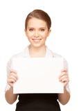 Adolescente feliz con el tablero en blanco Imágenes de archivo libres de regalías