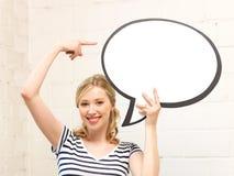Adolescente feliz con la burbuja en blanco del texto Imagen de archivo libre de regalías