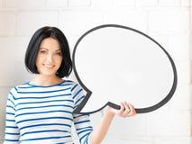 Adolescente feliz con la burbuja en blanco del texto Fotos de archivo
