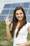 Adolescente feliz con los paneles solares Fotografía de archivo libre de regalías