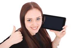 Adolescente feliz del estudiante con PC de la tableta El sentarse de lado y Imagen de archivo libre de regalías