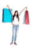 Adolescente feliz después de hacer compras Fotografía de archivo libre de regalías
