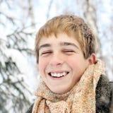 Adolescente feliz en invierno Foto de archivo libre de regalías