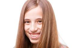 Adolescente feliz joven con el pelo hermoso largo Imagen de archivo libre de regalías