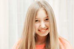 Adolescente feliz Imagens de Stock