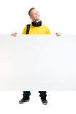 Adolescente feliz que sostiene una bandera en blanco aislada en blanco Fotos de archivo