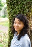 Adolescente femenino feliz Imágenes de archivo libres de regalías