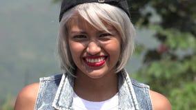Adolescente femenino joven feliz y de la diversión Fotos de archivo libres de regalías