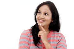 Adolescente femenino joven que mira para arriba Foto de archivo