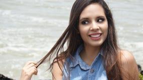 Adolescente femenino torpe o loco Fotografía de archivo libre de regalías