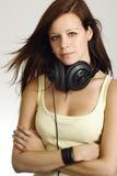 Adolescente femminile con le cuffie Fotografie Stock Libere da Diritti