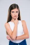 Adolescente femminile pensieroso che esamina macchina fotografica Fotografia Stock Libera da Diritti