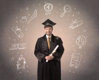 Adolescente graduado feliz con los iconos dibujados mano de la escuela Fotografía de archivo