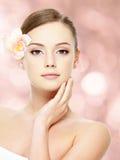 Adolescente hermoso con la piel sana Foto de archivo