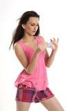 Adolescente hermoso con la tarjeta en blanco azul Foto de archivo libre de regalías
