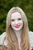 Adolescente hermoso con una sonrisa preciosa Fotos de archivo libres de regalías