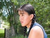 Adolescente hermoso del nativo americano Fotografía de archivo