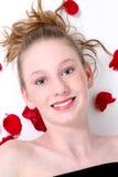 Adolescente hermoso en alineada formal negra Imagen de archivo libre de regalías