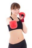 Adolescente hermoso en los guantes de boxeo aislados en blanco Fotos de archivo