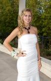 Adolescente hermoso que va al baile de fin de curso Fotos de archivo