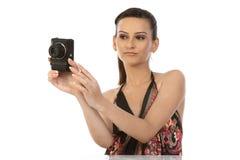 Adolescente indio con la cámara Fotos de archivo