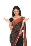 Adolescente indio con la expresión agradable de las manos Imagen de archivo libre de regalías