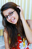 Adolescente intelectual sonriente Foto de archivo libre de regalías
