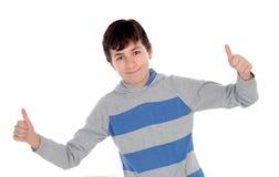 Adolescente joven casual que dice muy bien Foto de archivo