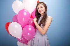Adolescente joven en estudio Fotos de archivo