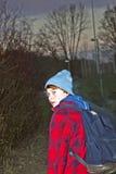adolescente joven en la noche Foto de archivo