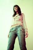 Adolescente joven en tejanos Imagenes de archivo