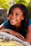 Adolescente joven en una hamaca Fotografía de archivo libre de regalías