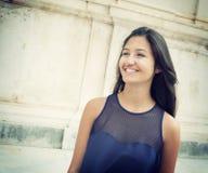 Adolescente joven sonriente Imágenes de archivo libres de regalías