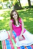 Adolescente lindo en parque Foto de archivo libre de regalías