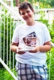 Adolescente lindo que toma la imagen del selfie Foto de archivo