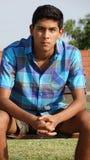 Adolescente masculino en el parque Fotos de archivo
