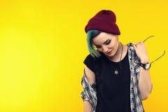 Adolescente moderno color/peinado colorido Imágenes de archivo libres de regalías