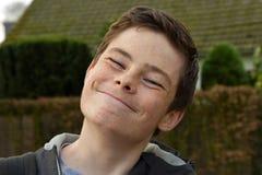 Adolescente muy feliz, smirking Fotos de archivo libres de regalías