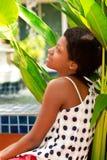 Adolescente negro de la muchacha al aire libre Fotos de archivo