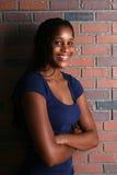 Adolescente negro hermoso con los dientes bonitos Fotografía de archivo