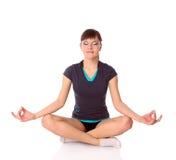 Adolescente nelle pose di ginnastica Fotografie Stock