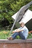 Adolescente por arte al aire libre Fotos de archivo libres de regalías